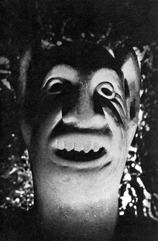 """Jovem Demônio"" -- escultura de Clark Ashton-Smith"